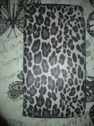 Cartera leopardo