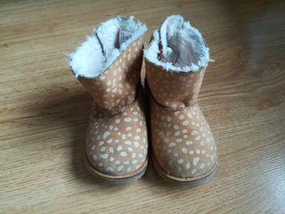 botas zara baby niña n.21