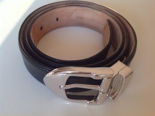 Cinturón de hombre Louis Vuitton de segunda mano en WALLAPOP 0a745433027