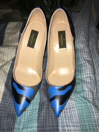 Valentino rockstud Heels Size 5.5