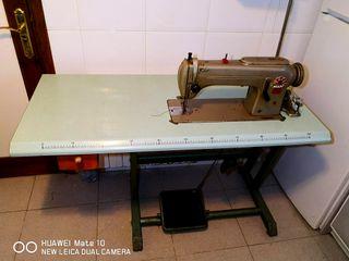 Maquina de coser industrial PFAFF