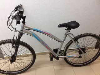 Bicicleta de montaña niña