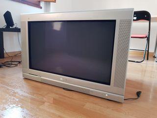 televisión antigua Philips 32''