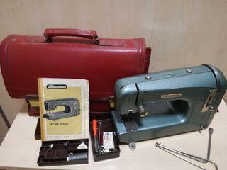 Antigua maquina de coser Neckermann 819