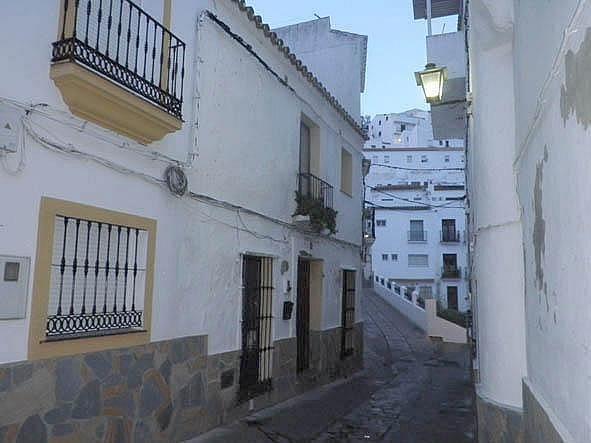 Casa adosada en venta en Casares (Casares, Málaga)