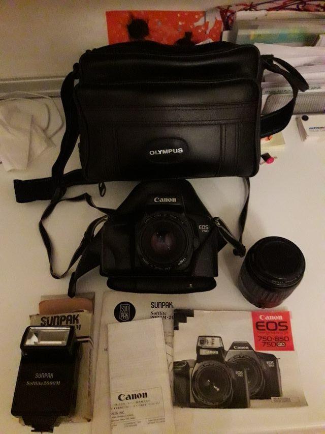Cámara analógica Canon EOS 750