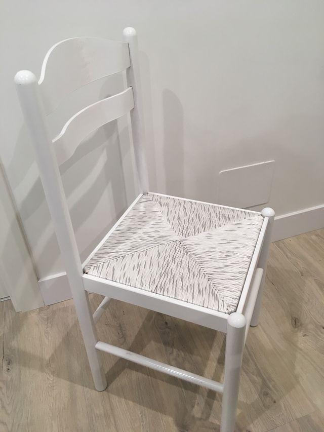 Venta 3 sillas blancas de cocina de segunda mano por 40 € en Camiño ...