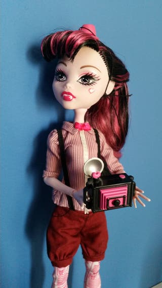 Monster High Draculaura School Club