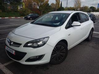 EZ028048 Opel Astra 1.7 CDTI Selective 2013