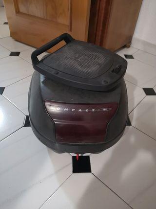 Baúl para moto