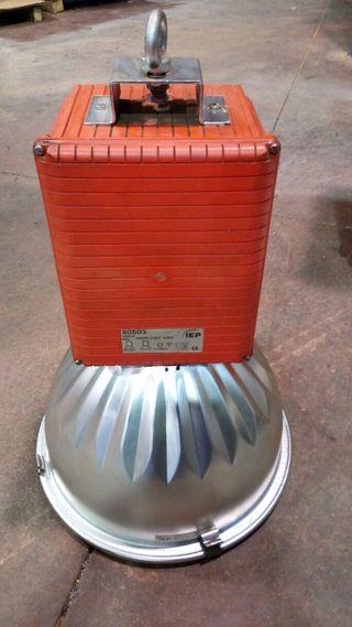 Campana industrial 400 W Halogenuro de sodio.