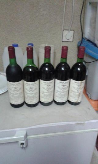 Botellas de vino vega sicilia