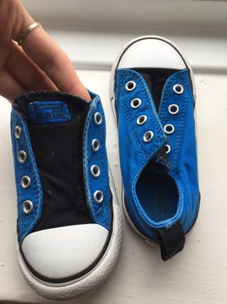Converse infant size 8 shoes
