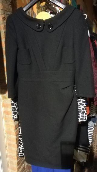 vestido de la firma Karen Miller