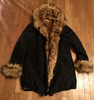 Manteau hiver noir fausse fourrure 48/50