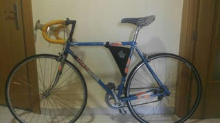 Bicicleta super BH clásica