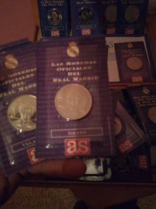 monedas de plata de ley del real Madrid