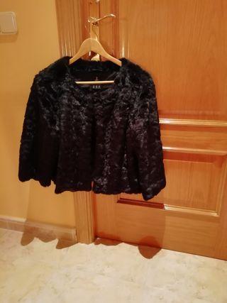 Abrigo negro de pelo