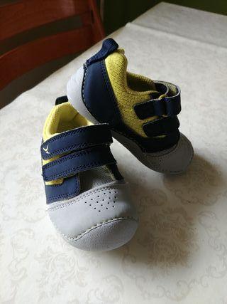 Zapatillas Decathlon Num. 22
