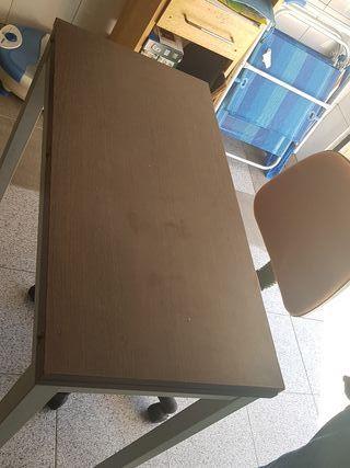 mesa abatible y silla