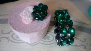 conjunto de anillo y pulsera