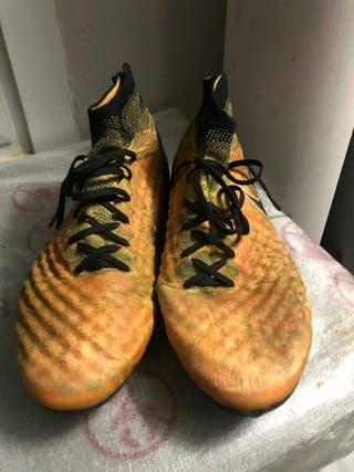Botas futbol Nike talla 44