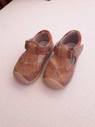 sandalias velcro