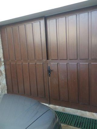 Port n de madera para garaje de doble hoja de segunda mano - Garajes de madera de segunda mano ...