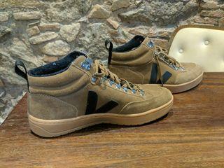 VEJA Zapatillas - Size 42