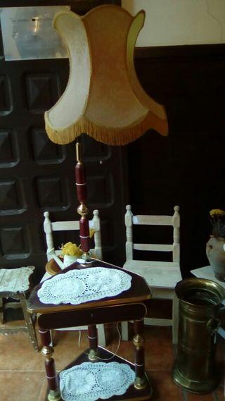 Mueble-lámpara vintage