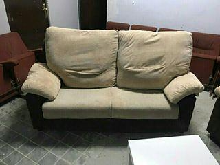 sofá de 2 plaza en buen estado