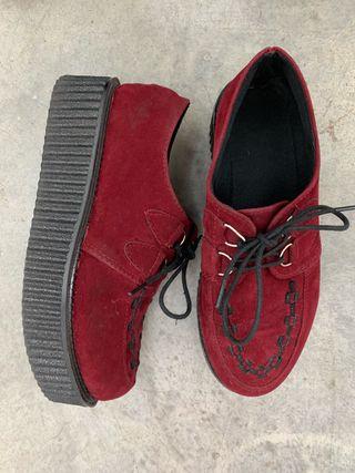 Zapatos Burdeos Buggies