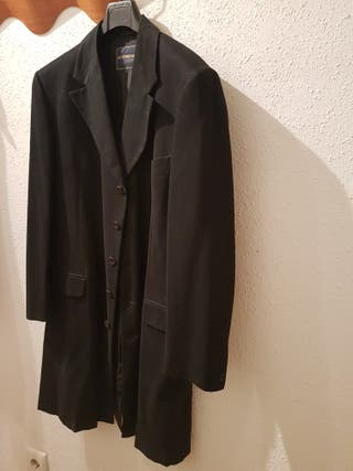 chaqueta larga Antonio Miro. t-50