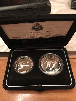 Estuche monedas de San Marino de 500 y 1000 Liras