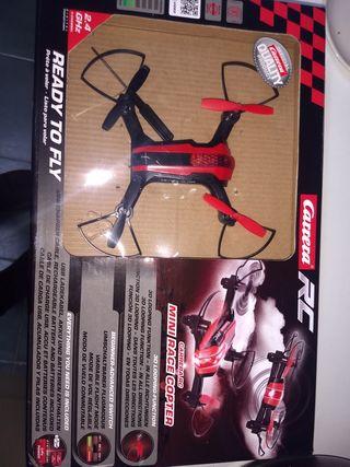 Dron Carrera