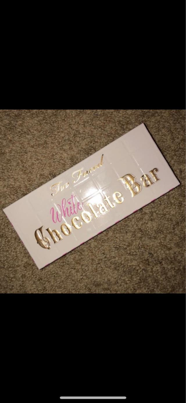 Too Faced White chocolate bar palette