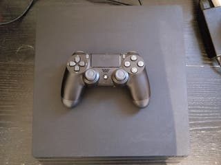 PS4 PRO 1 Tb + Red dead redemption 2