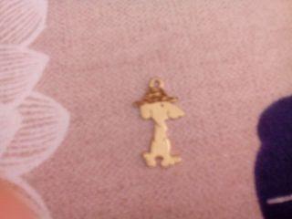 Snoopy de oro