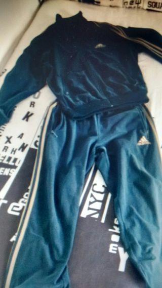 Chandal Mano En De Adidas Clásico Wallapop Segunda UwpS7gq
