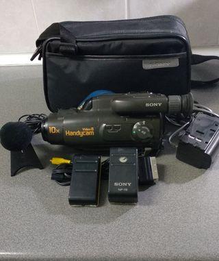 Cámara de vídeo 8mm Sony Handycam x 10