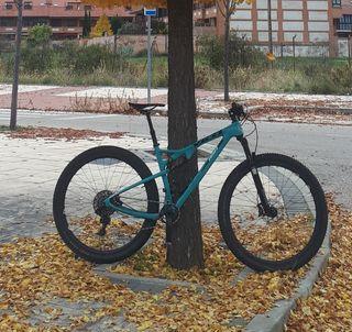 Bicicleta Yeti Asrc