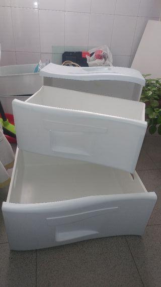 cajones congelador Indesit