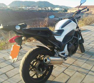 Moto Honda NC 700S (A2)