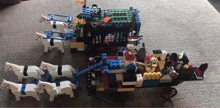 CONJUNTO DE CARRETAS MEDIEVALES Y CASTILLOS LEGO