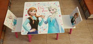 Mesa y sillas infantil