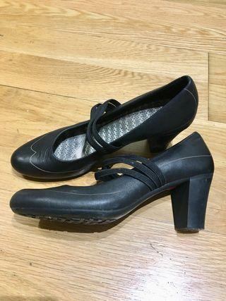 20 Zapatos 39 Mano Por De Camper Segunda wZqwfHx