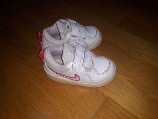 zapatillas 21 niña nike
