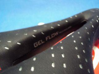 NUEVOS. Sillin SELLE ITALIA Gel Flow MAN L2 149mm