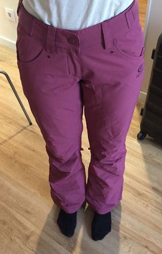 New ski trousers, Ripcurl (cost 100 new)