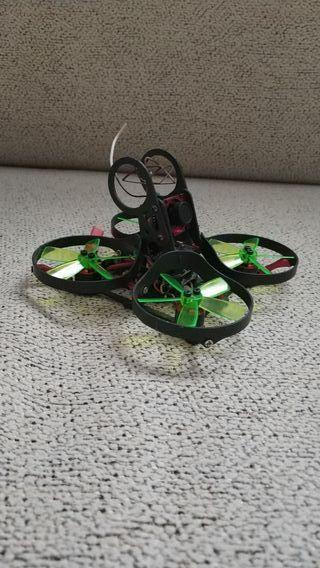 Dron aurora 90